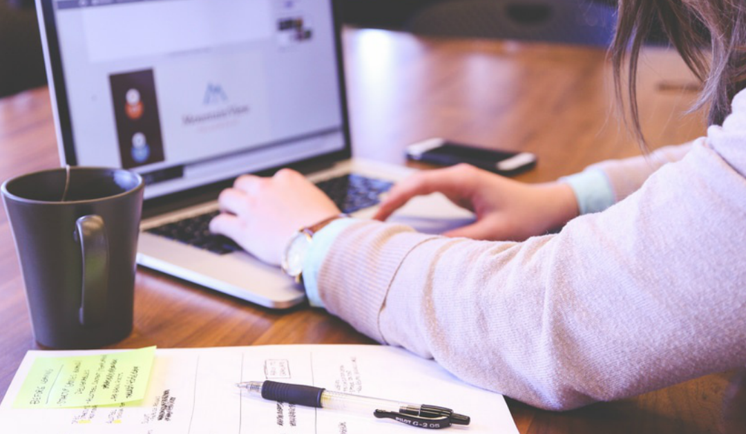 Tu cu cine alegi sa faci marketing online?